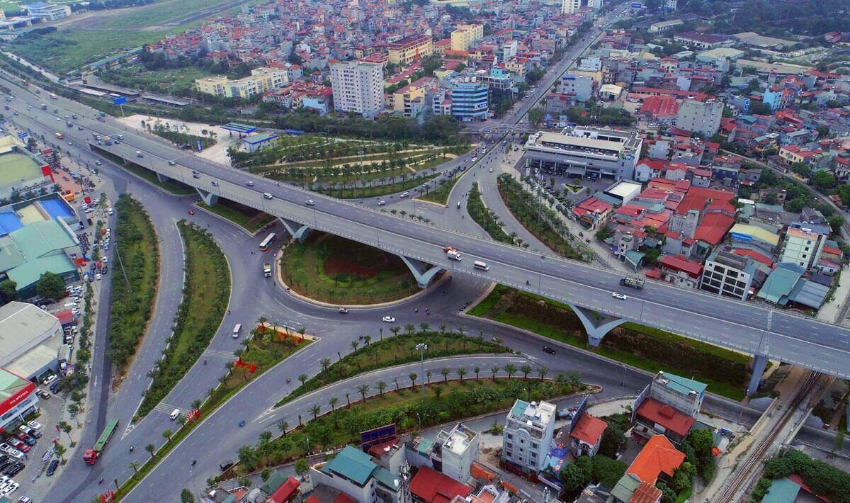 Cầu vượt nút giao Ngô Gia Tự, Nguyễn Văn Cừ được đầu tư 2.800 tỷ đồng đã đi vào hoạt động.