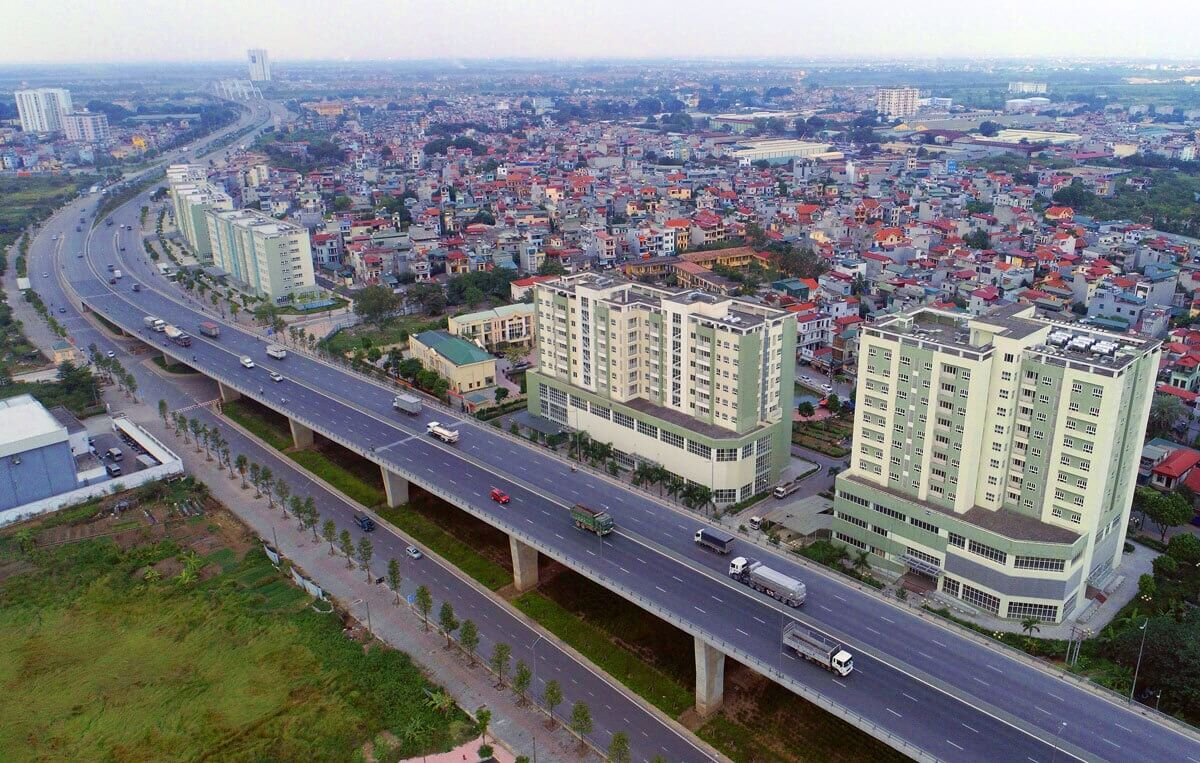 Nút giao được xây dựng theo hình thức BT. Kết nối các tuyến đường như quốc lộ 5, Ngô Gia Tự, Nguyễn Văn Cừ, Lý Sơn, giảm tải ách tắc khu vực.