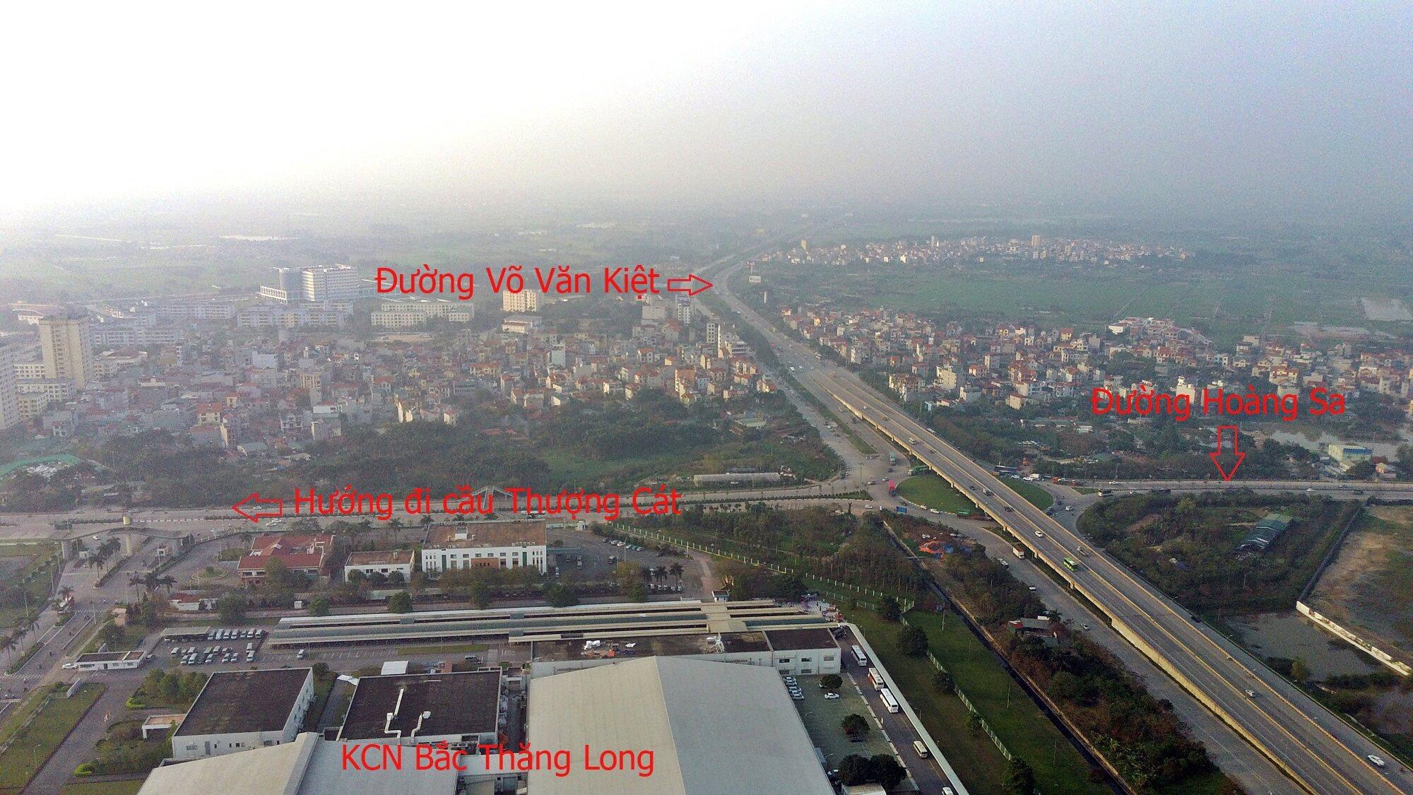 Đoạn đường vành đai 3,5 từ chân cầu Thượng Cát qua cầu vượt Kim Chung kết nối vào đường Hoàng Sa.