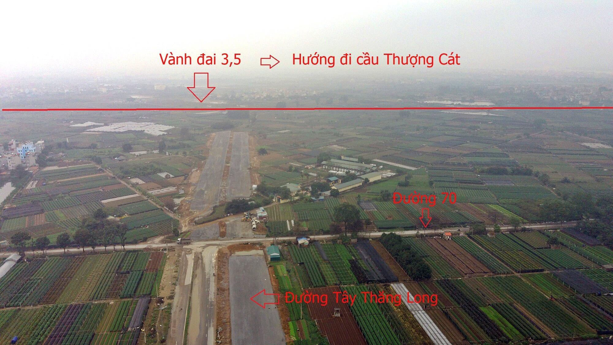 Nút giao thông giữa đường Tây Thăng Long và đường vành đai 3,5.
