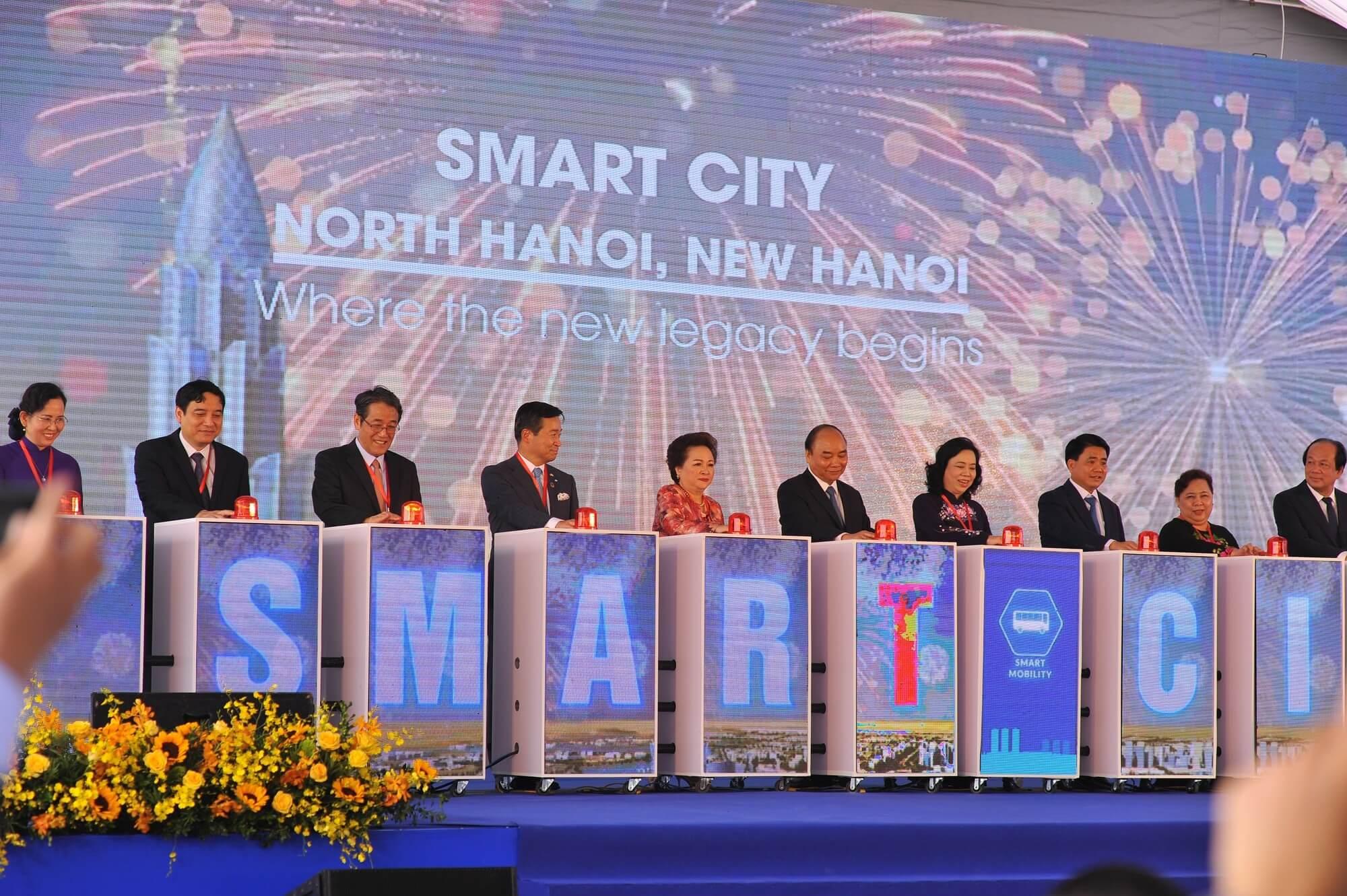 Chủ tịch BRG trong lễ khởi công dự án Smart City.