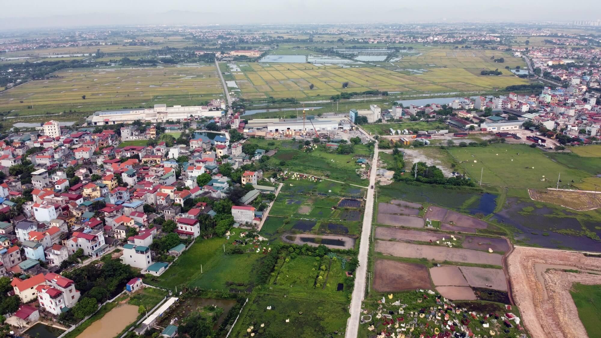 Đường vành đai 4 về phía Hà Nội sẽ giao cắt với đường Pháp Vân - Cầu Giẽ, quốc lộ 1A. Đoạn từ quốc lộ 1A đến cầu Mễ Sở dài khoảng 4km.