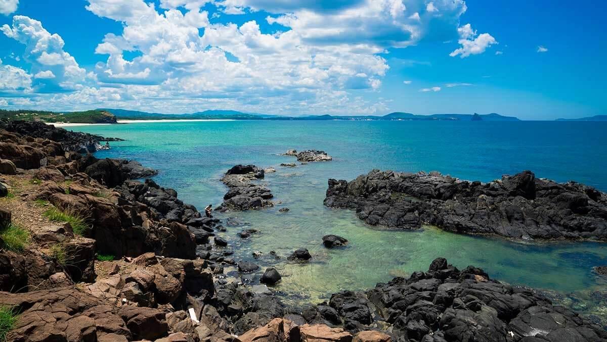 Biển Bắc Vân Phong còn mang nhiều nét hoang sơ.