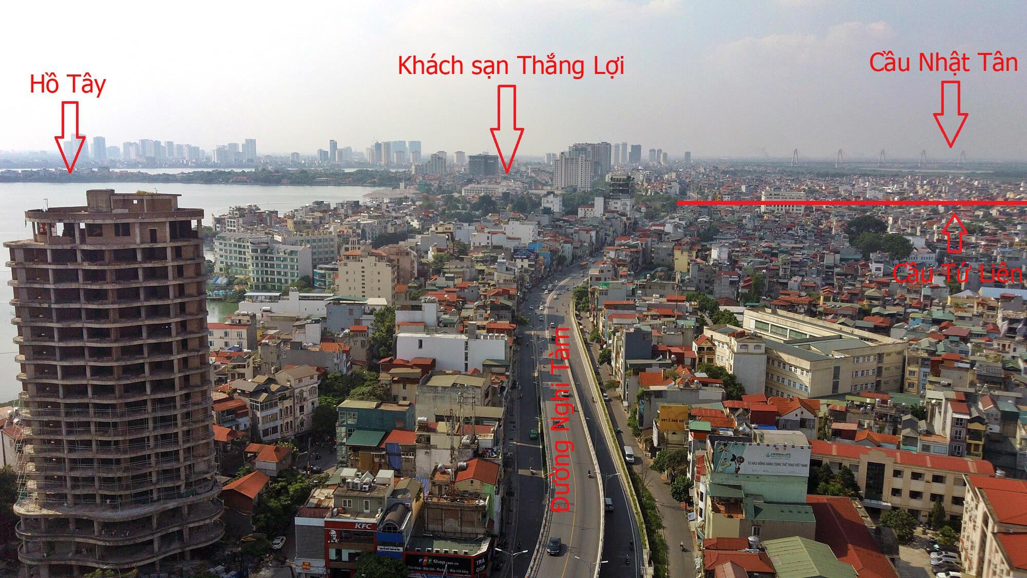 Khu vực chân cầu Tứ Liên phía đường Nghi Tàm.