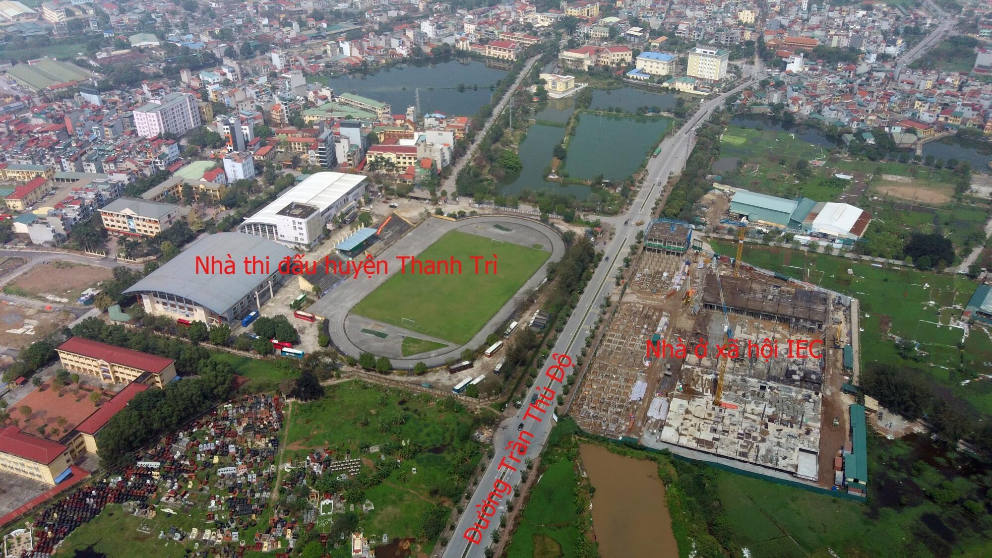 Trong vòng bán kính 1km từ đường vành đai 3,5 có sự hiện diện của dự án IEC Thanh Trì và nhà thi đấu Thanh Trì.