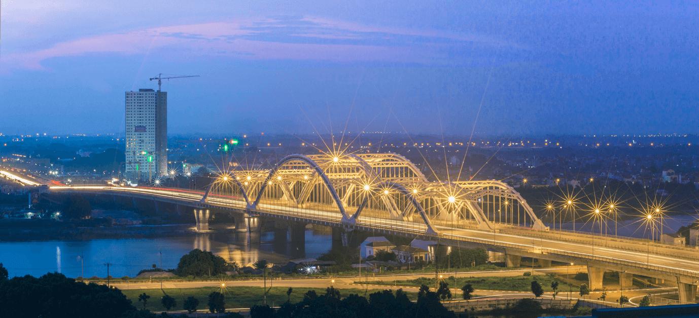 Hình ảnh cầu Đông Trù về đêm.