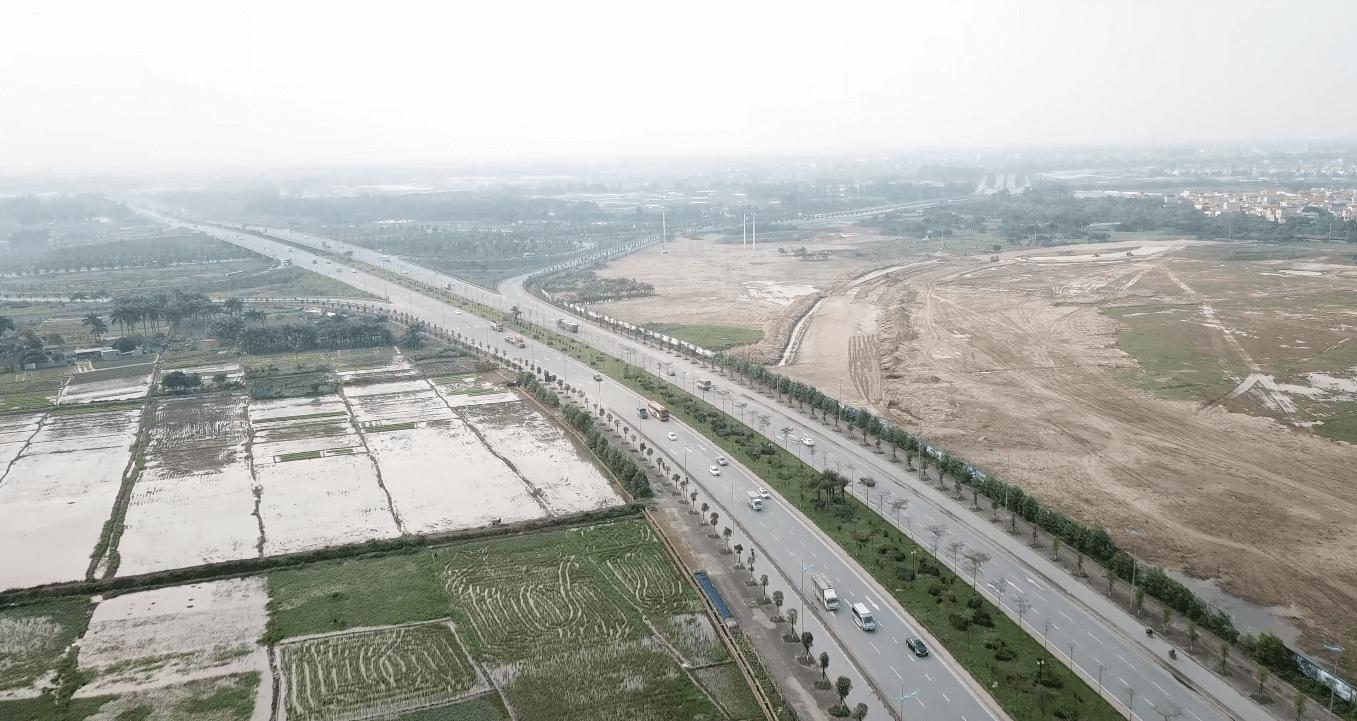 Các trục đường đén công viên Kim Quy đều là các trục đường lớn của thủ đô.