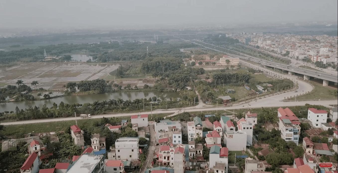 Có thể thấy cảnh đẹp tuyệt vời của lô đất dành phát triển dự án thành phố thông minh Đông Anh.