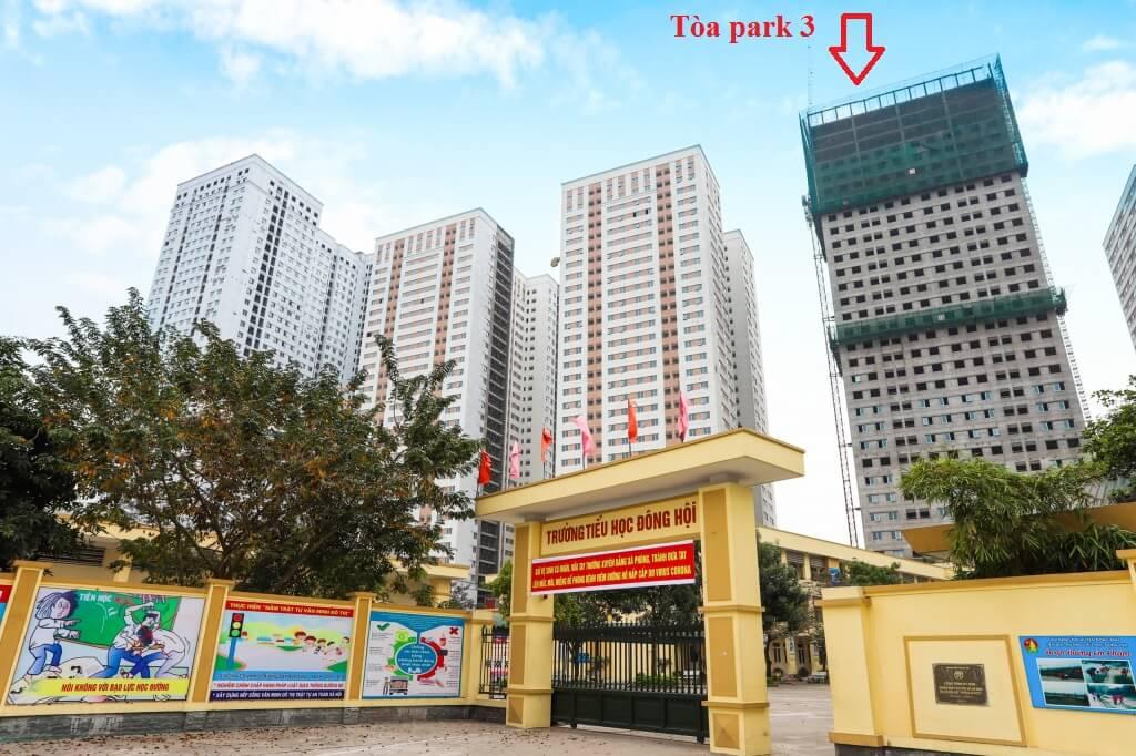 Tòa Park 3 có vị trí đẹp bậc nhất trong toàn bộ khu đô thị Eurowindow.