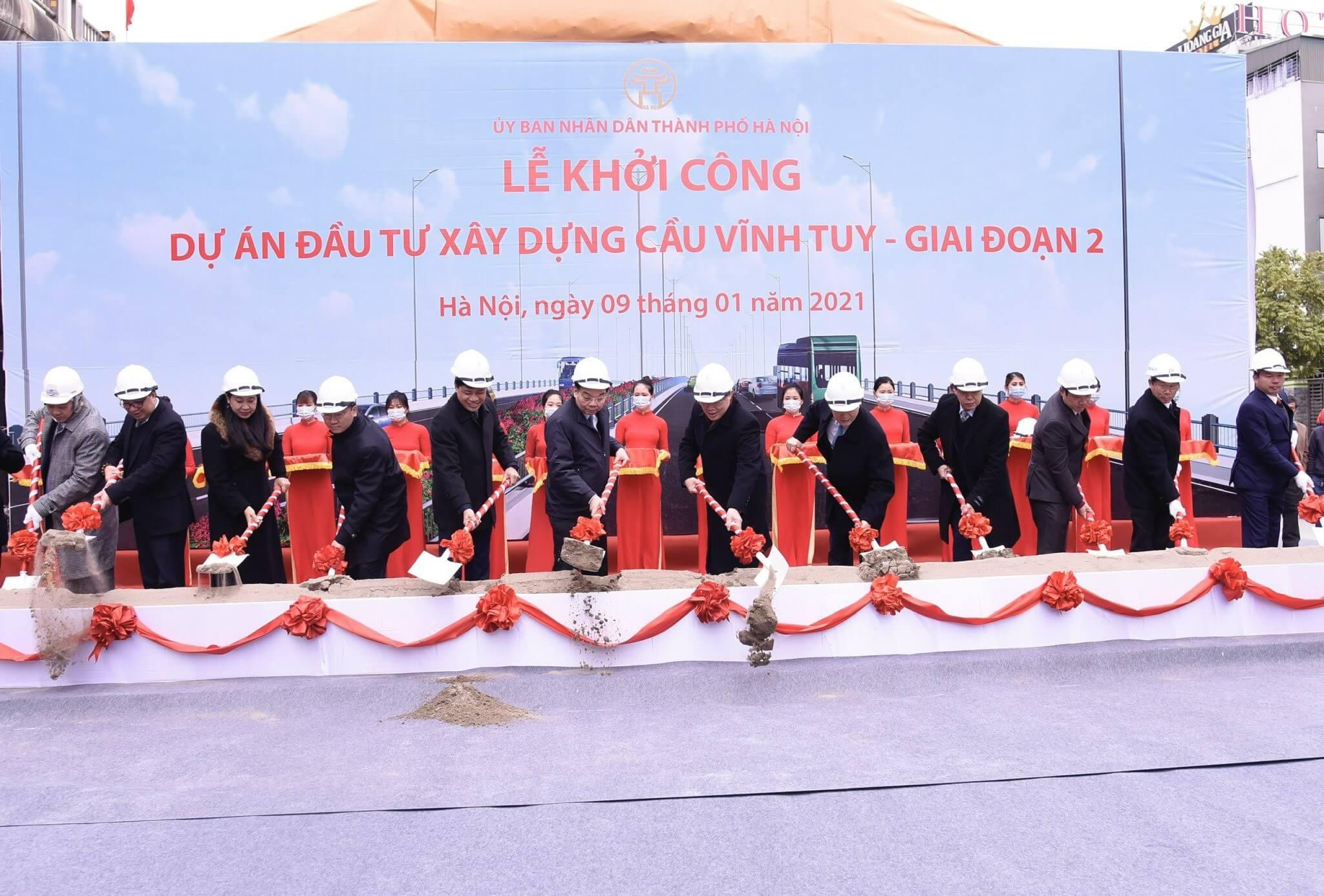 Lễ khởi công dự án cầu Vĩnh Tuy giai đoạn 2 diễn ra vào ngày 9/1/2021.